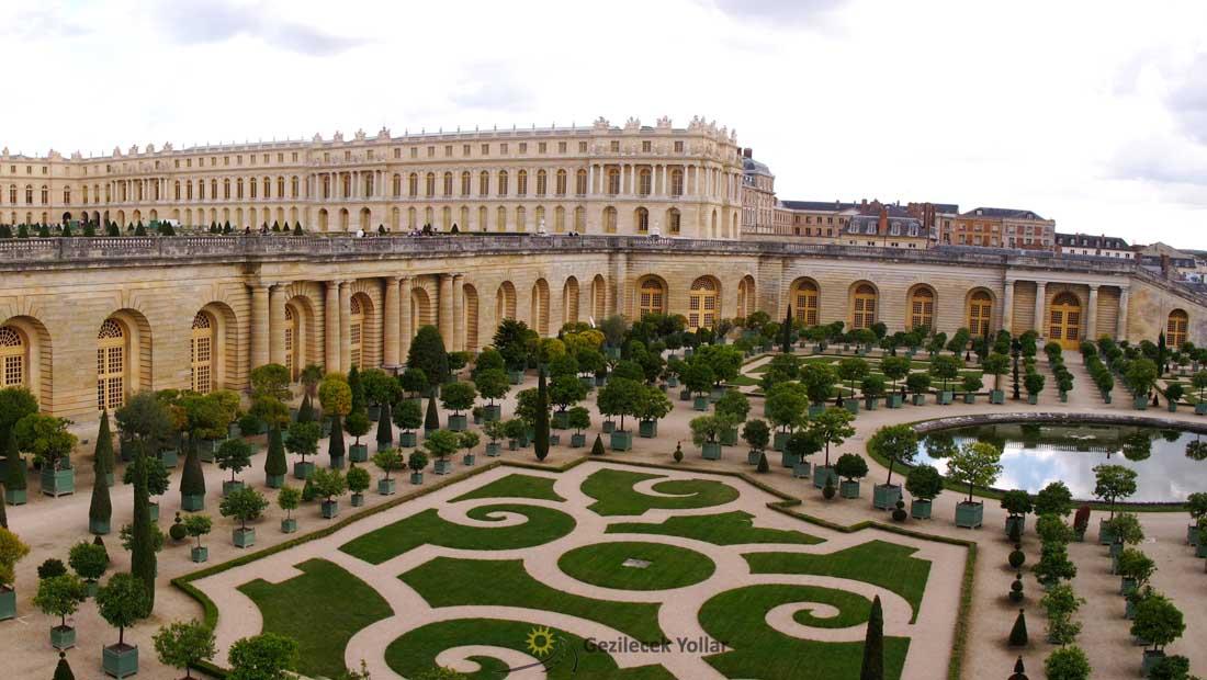 Paris Gezilecek Yerler : Versay Sarayı